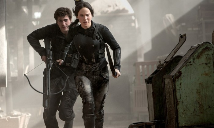 Mockingjay_Hunger-Times_Katniss-Gale2-800x480[1]