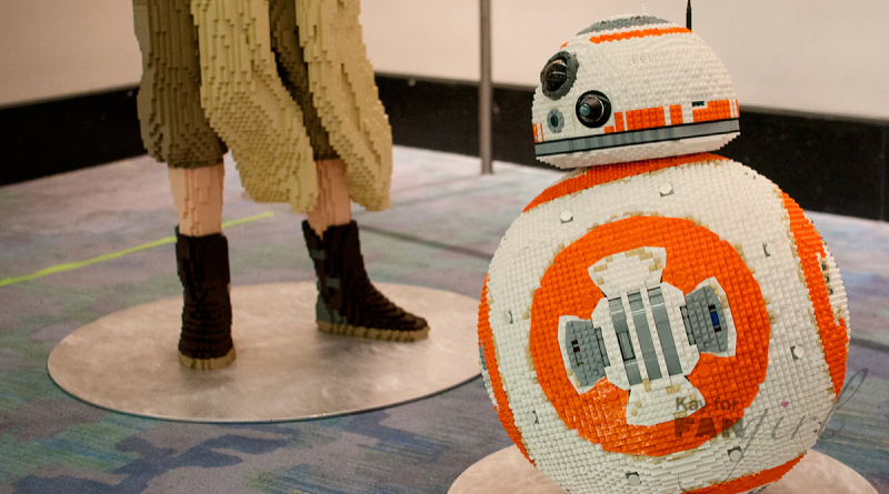 BB8 at C2E2 from FANgirl Blog
