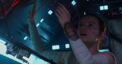 Rey_bypasses_the_compressor