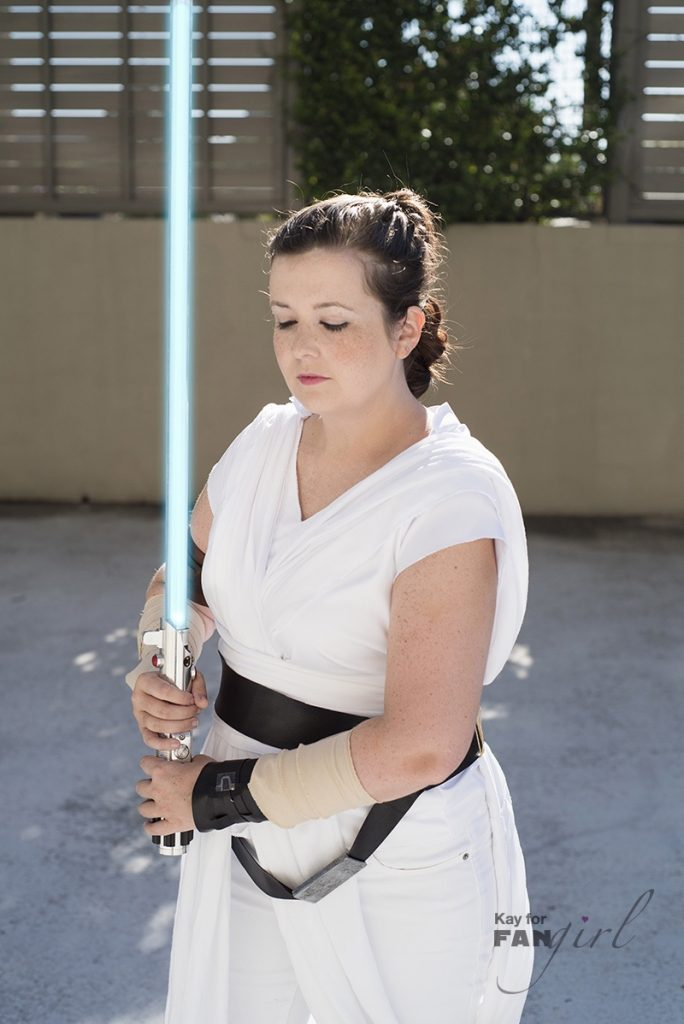 Episode IX Rey Cosplay at Dragon Con 2019. Photo by Kay.