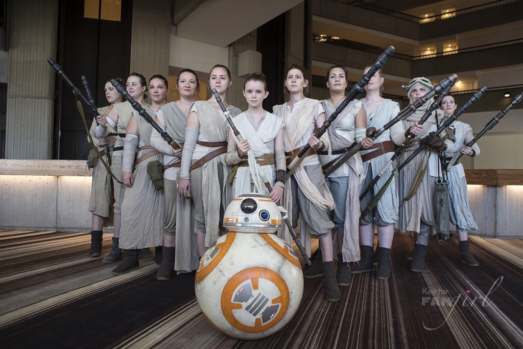 Women Dressed as Rey at Dragon Con 2019. Photo by Kay.