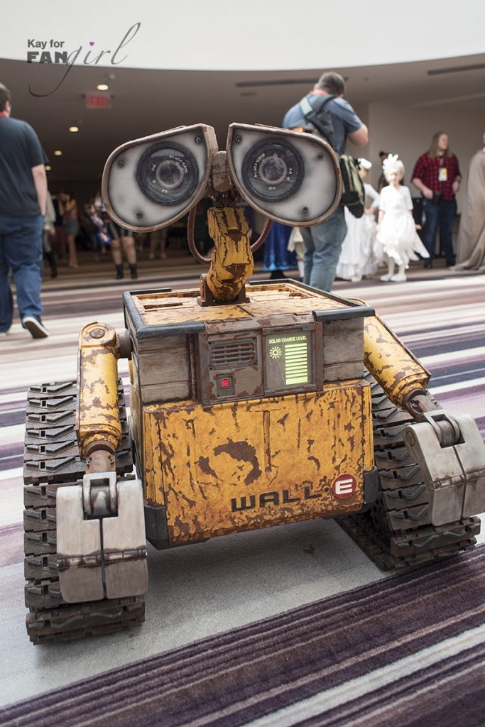 WALL-E robot at Dragon Con 2019. Photo by Kay.